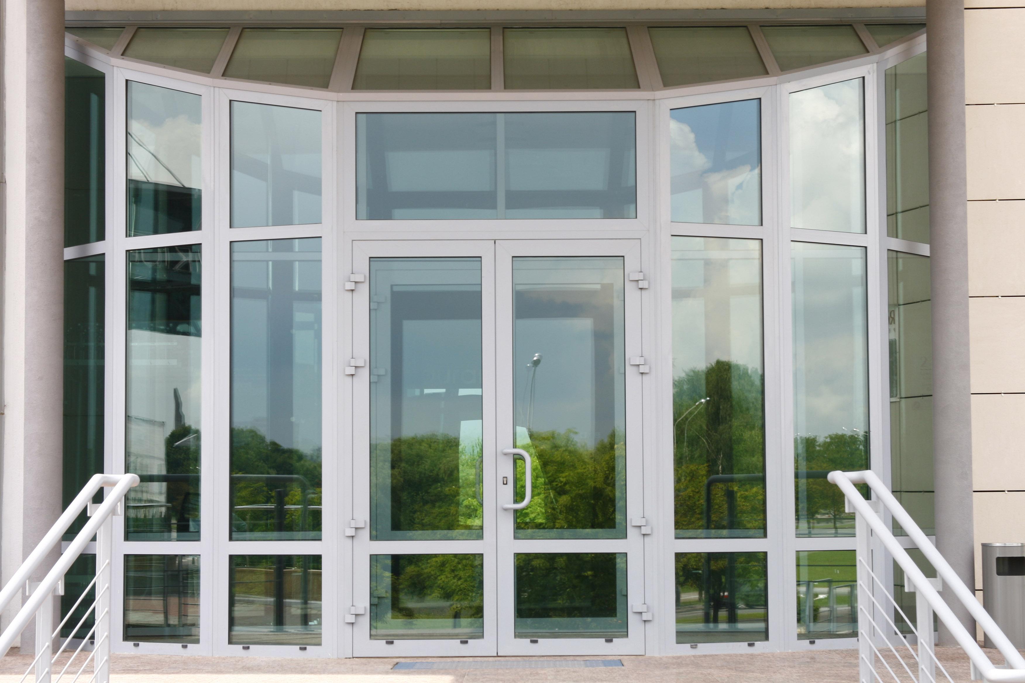 Alutech W62 теплые окна и двери
